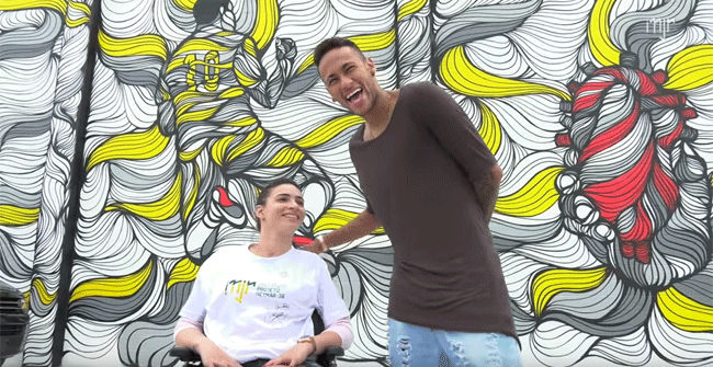 Neymar visitó las instalaciones de su proyecto solidario