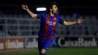 Xemi celebra el primer gol azulgrana, en el que contó con la colaboración de Mainz