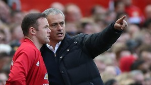 Mourinho parece señalarle el camino de China a Rooney