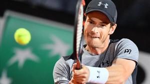 Murray, que ha arrastrado problemas en el codo espera que todo cambie en Roland Garros
