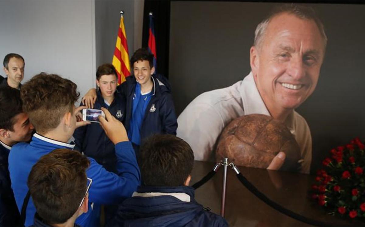 El Bar�a tomar� una decisi�n de gran trascendencia para homenajear a Cruyff