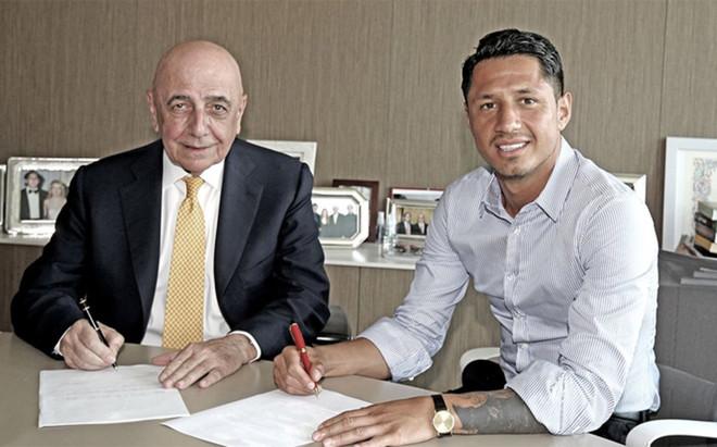 Lapadula ser� jugador del Milan hasta 2021