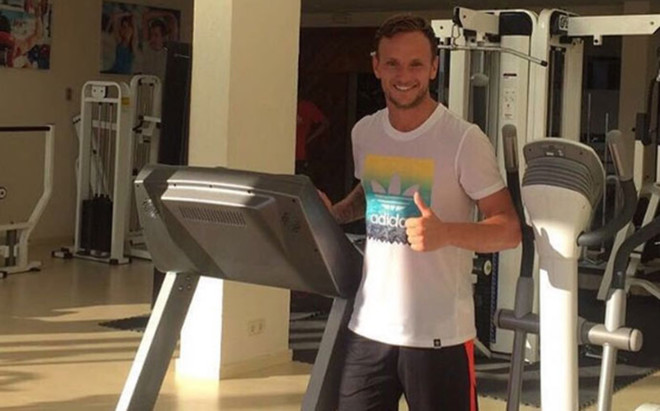 Rakitic sigue de vacaciones