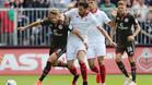 El Sevilla remonta en el debut de Vietto