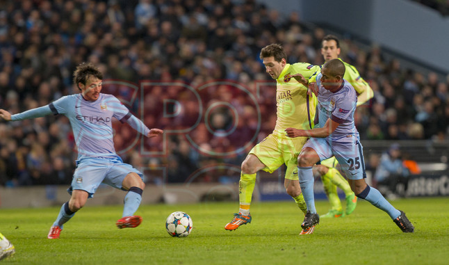 صور : مباراة مانشستر سيتي - برشلونة 1-2 ( 24-02-2015 )  1424816287133