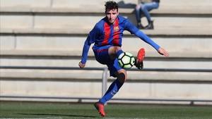 Abel Ruiz, durante un partido con el Juvenil A en la Ciutat Esportiva