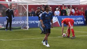 Ronaldinho de Assís durante su estancia en San Petersburgo con la FIFA
