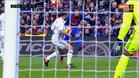 Clos Gómez perdona un penalti a Carvajal