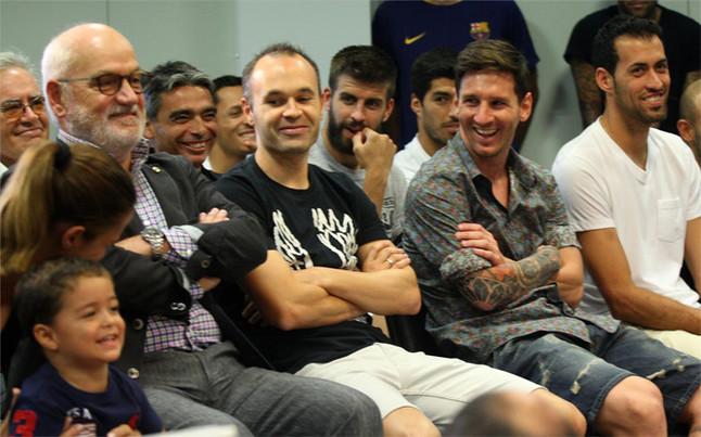 Brian Rodr�guez y Thiago Messi, los 'peque�os' alborotadores en el d�a de Pedro