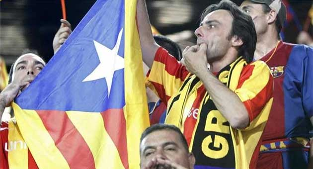 Así se escucho la pitada al himno español en el césped del Calderón