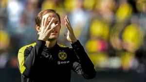 Thomas Tuchel está enfrentado a altos dirigentes del Borussia Dortmund