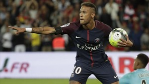 Neymar brilló ante el modesto Toulouse