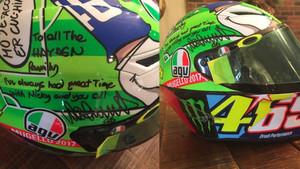 El casco que Rossi lució en Mugello por Hayden