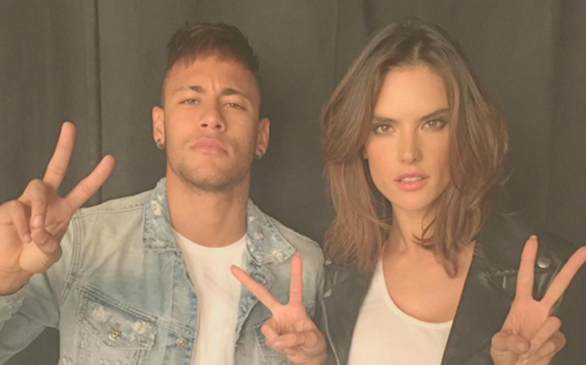 Neymar y Alessandra Ambrosio, juntos para Replay