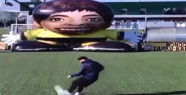 �Podr� Messi con un portero gigante?