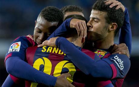 Sandro cerr� la goleada del Bar�a contra el Huesca