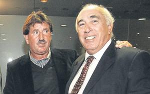 Félix, junto a Asensi, en un acto de la Agrupació Barça Jugadors. Hoy colaboran juntos en el proyecto `Futgolf¿. En el pasado los compararon por su juego