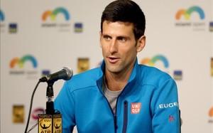 Novak Djokovic ha decidido afrontar la delicada situación en la que se ha metido de forma directa
