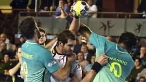 En el partido de La Rioja el Barça ganó por un ajustado 22-25