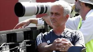 Mourinho quiere un par de fichajes para cpmpletar su plantilla