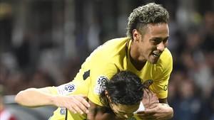Neymar se mostró eufórico tras su debut en el PSG