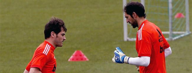Diego L�pez se mete en el pique Xabi-Iker
