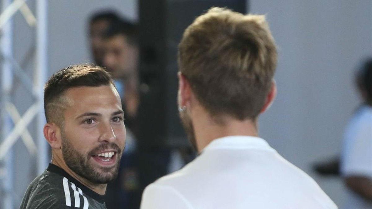 Jordi Alba, feliz con Valverde