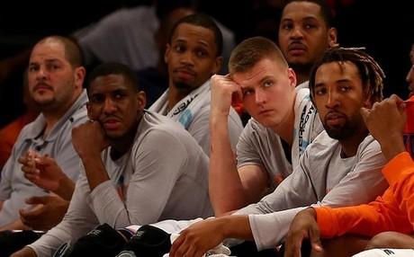 Los Knicks siguen de capa ca�da y se alejan casi definitivamente de la 'postemporada'