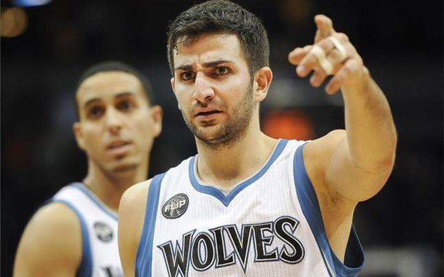 Los Nuggets detienen su mala racha a costa de los Timberwolves de Ricky Rubio