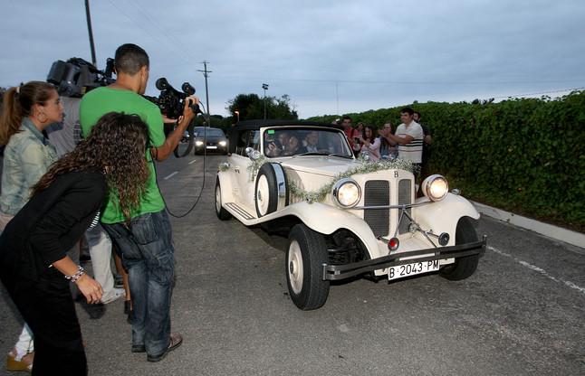 Andrés Iniesta y Anna Ortiz, brinda con la prensa tras darse el sí quiero   Foto: Valentí Enrich