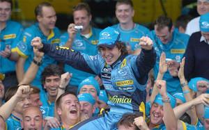 Alonso, en su etapa de gloria en Renault en 2005 - 2006