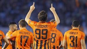 Blanco Leschuk celebra el gol que dio la victoria al Shakhtar en Balaídos