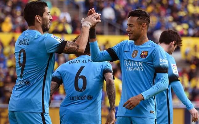 El Barça gana por inercia en Las Palmas