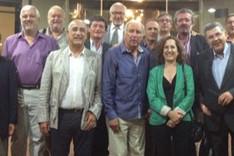 Carles Rexach se fotografi� con los participantes en la cena-coloquio