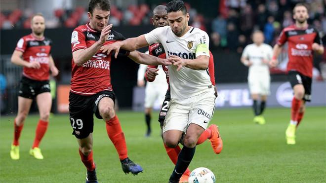 El Mónaco vence al Guingamp y traslada la presión al PSG