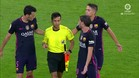 Mateu Lahoz se saca dos tarjetas amarillas de la manga