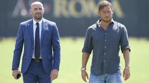 Francesco Totti ya trabaja junto a Monchi