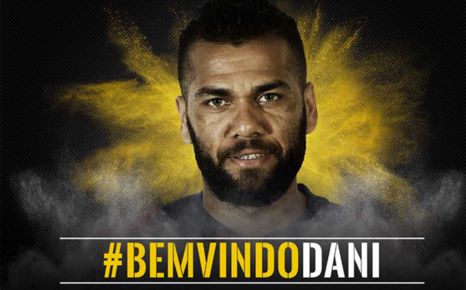 Dani Alves ya es jugador de la Juventus