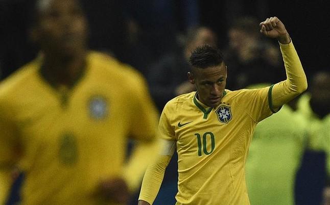 Neymar, mejor que Pelé, Romário, Ronaldo y Ronaldinho