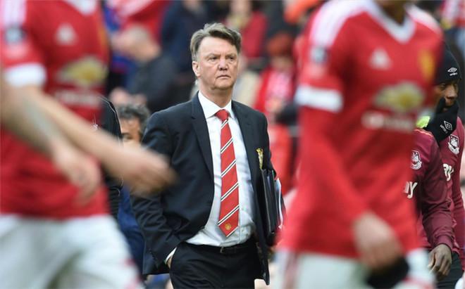 Van Gaal, exentrenador del United