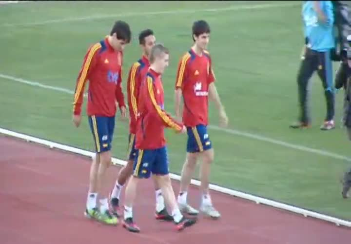 La Roja deja espacio para el &#34;buen rollo&#34; durante el entrenamiento