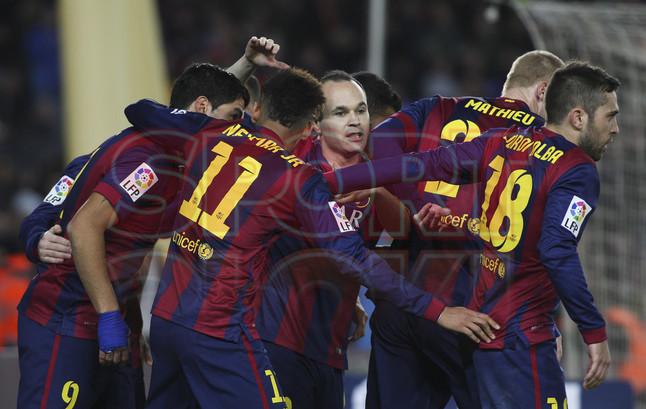 صور : مباراة برشلونة - فياريال 3-1 ( 11-02-2015 ) 1423690283393