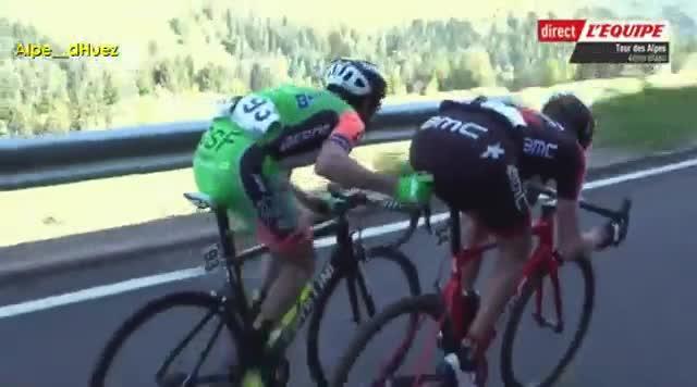 Pirazzi le metió el dedo en el culo a Kilian Frankyni