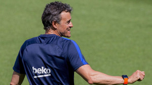 Luis Enrique Martínez, entrenador del FC Barcelona, será despedido en los prolegómenos del partido de este domingo ante el Eibar