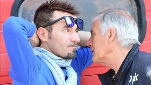 Biaggi habla con Agostini en una imagen de archivo
