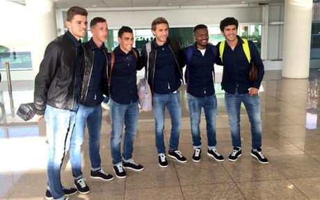 Gumbau, C�mara, Romera, Samper, Kaptoum y Ale�� antes de volar a Valencia
