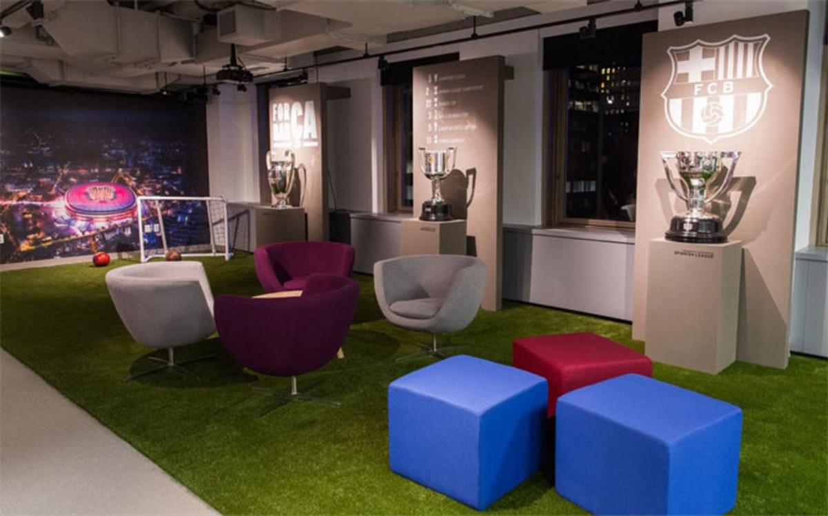 Primeras im genes de la oficina del barcelona en nueva york - Oficinas real madrid ...