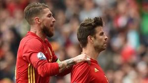Sergio Ramos hablará con sus compañeros antes de responder a Piqué