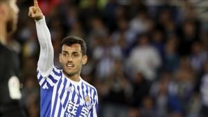 Juanmi ha sido trasladado a un hospital de Vitoria tras el partido Alavés-Real Sociedad
