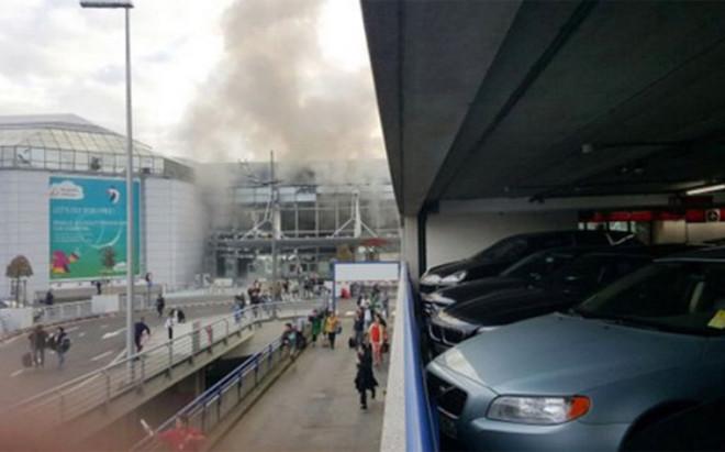 La cancelaci�n de los vuelos por el atentado cambi� el plan de viaje del KAS Eupen